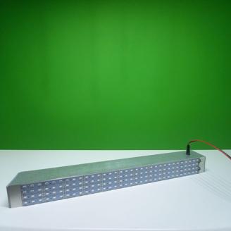 Мощная фито лампа для досвечивания рассады в зимних теплицах от производителя. Светодиодная матрица для минифермера.